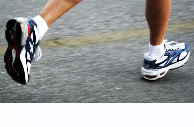 Chi corre, ma con moderazione, ha circa l'80% di probabilità di morte in meno rispetto a un sedentario. I corridori instancabili, invece, hanno un rischio di morte analogo a quello dei sedentari.